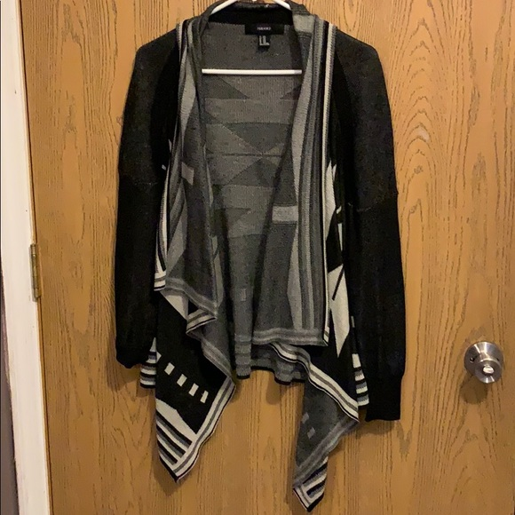 Forever 21 Sweaters - Tribal Forever 21 Cardigan/Sweater